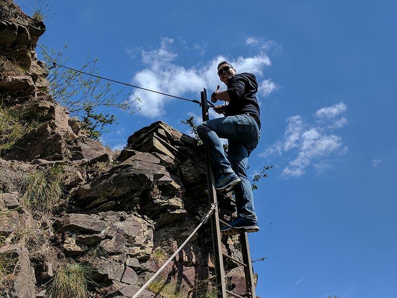 Klettersteig Mosel : Weinhaus berg calmont klettersteig
