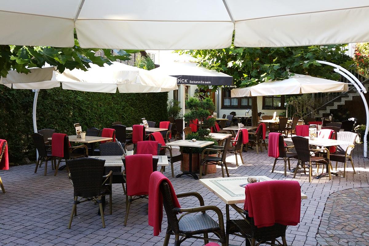 Weinhaus Berg Restaurant Und Terrasse